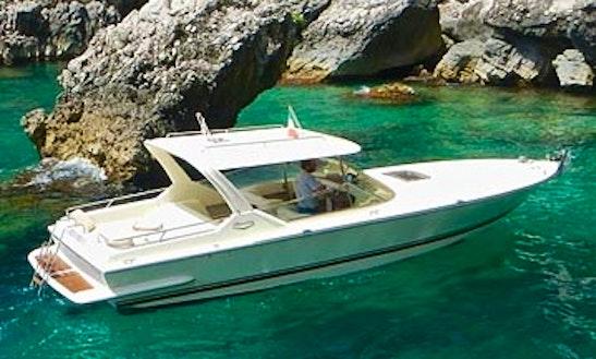 29' Motor Yacht Tours In Capri, Italy