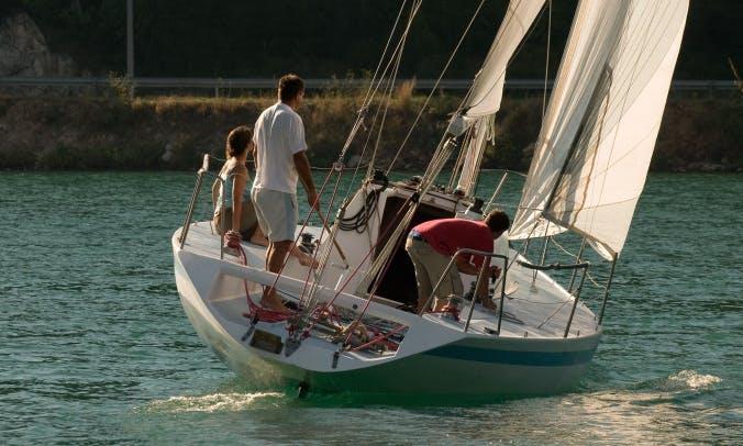 Charter Southerly Sailboat in Nova Mokošica