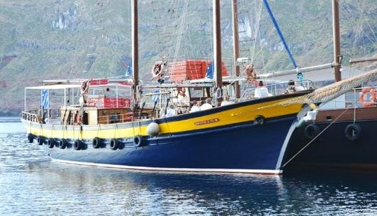 Full Day Sailing Trip In Santorini