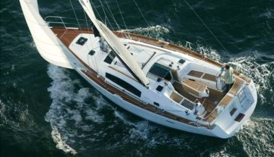 Beneteau Oceanis 40 Cruising Monohull Charter In St Vincent