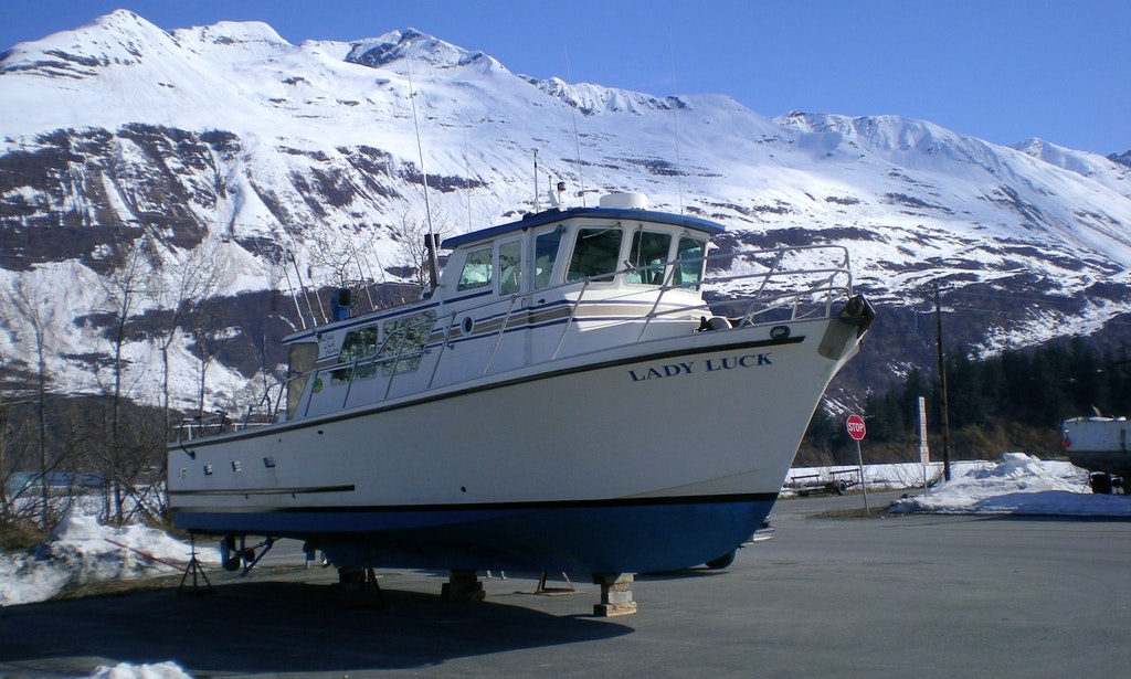 Fishing charters on lady luck trawler in valdez alaska for Valdez alaska fishing charters