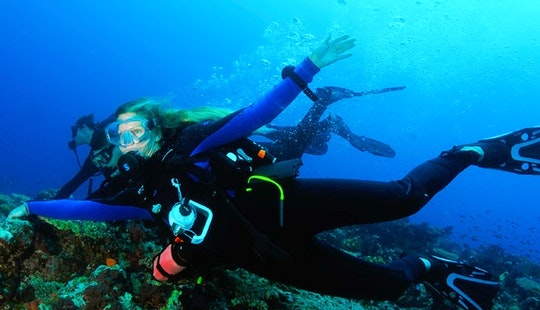 Scuba Diving Lessons & Certification Courses In Tavuki, Fiji