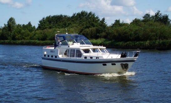 Charter Valkkruiser 1400