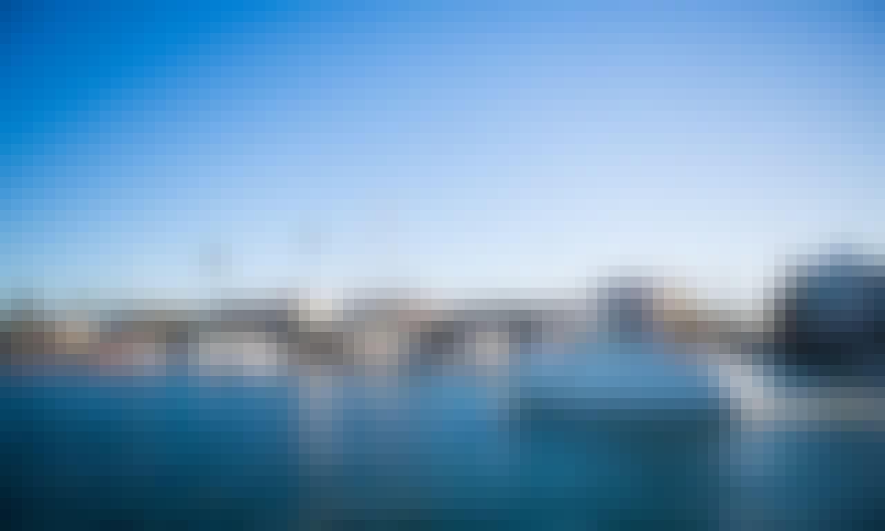 2013 Charter 27' Sea Ray Motor Yacht Rental in Newport Beach, California