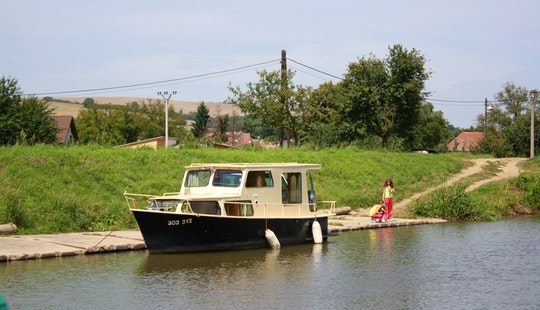 Houseboat Triton Rental In Slatiňany, Czech Republic