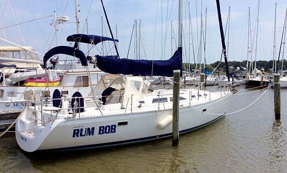 """Charter the 40ft """"Rum Bob"""" Catalina Sailboat in Rock Hall, Maryland"""