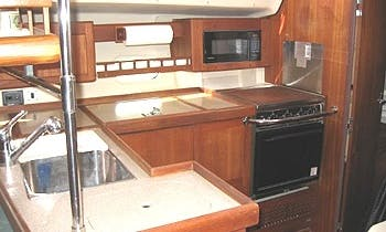 """Charter the Hunter 410 """"Bay Poet"""" Sailboat in Rock Hall, Maryland"""