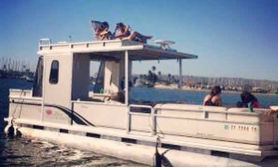 Enjoy 30' Double Decker Pontoon Boat In San Diego