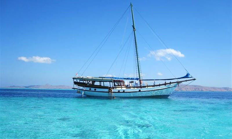 Diving and Snorkeling Liveaboard Trip aboard Traditional Indonesian Boat