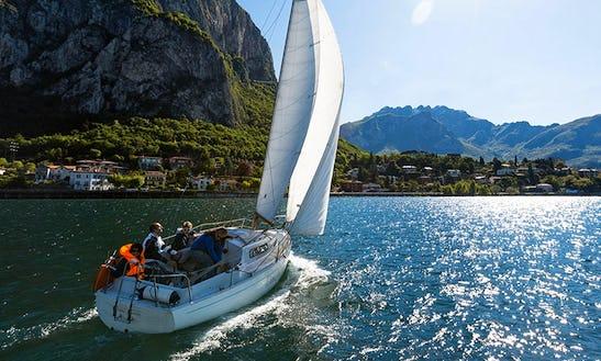 Charter 31ft Sailing 'sbandata' Sloop In Malgrate, Italy