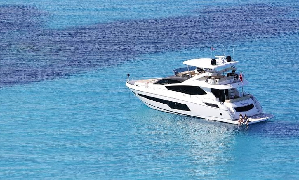 Motor yacht charter in corfu island greece getmyboat for Motor boat rental greece
