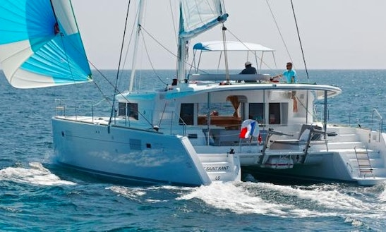 Charter The Lagoon 450