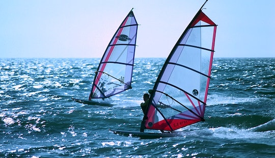 Windsurfing Rentals & Lessons In Common Moor, Uk