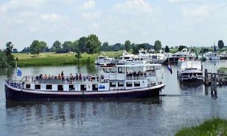 "Cruising ""Round Trips"" in Heusden, Netherlands"