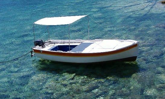 Cruise On A Bowrider, Barcha Azzurra - Le Forna Ponza, Italy
