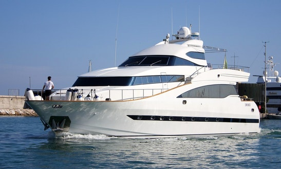 Motor Yacht Sleep Aboard Rental In Castelldefels