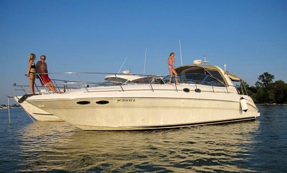 "Charter 38ft ""Jolly Mon"" Sun Dancer Motor Yacht In Chicago, Illinois"