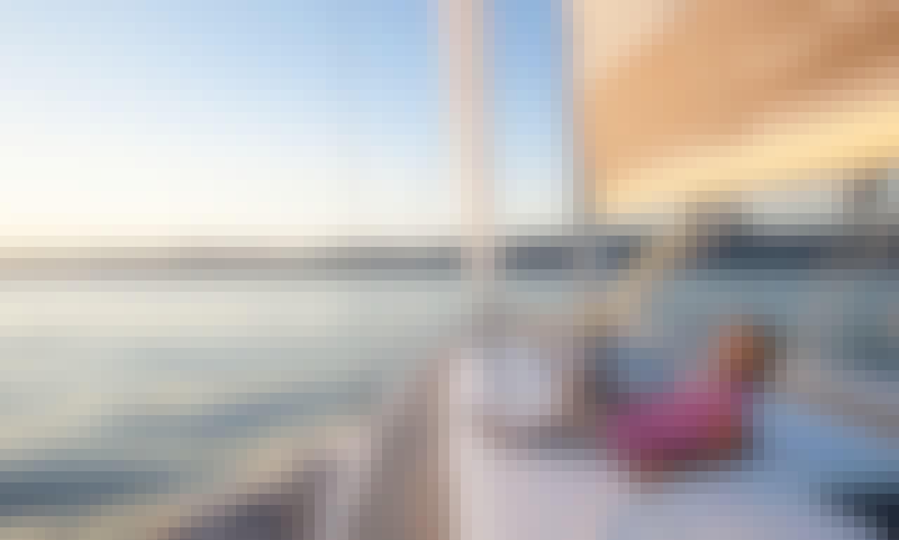 Cruising Monohull Rental in Saint Tropez