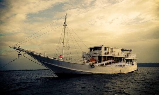 Bintang Sedang Charter In Pulo Gadung