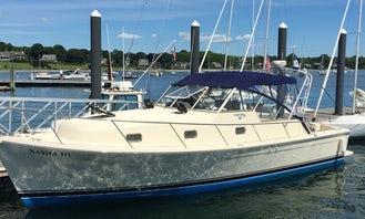 34' Mainship Pilot Power Boat for charter with Captain in Newport, Rhode Island