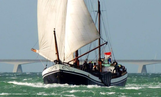 'clipper Adventure' Sailing Yacht In Goes