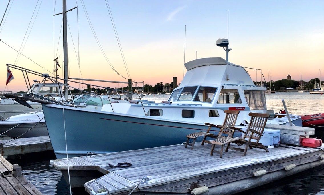 24ft Pontoon Dock Boat Rental in Newport, Rhode Island