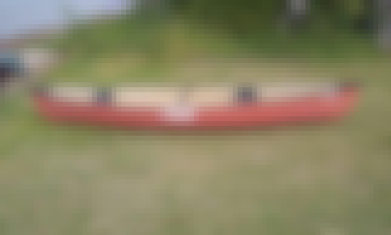 Pelican Canoe for Rent in Saskatchewan, Canada