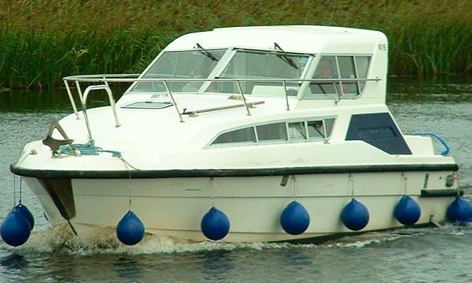 """""""Kingfisher"""" Motor Cruiser in Scotland"""