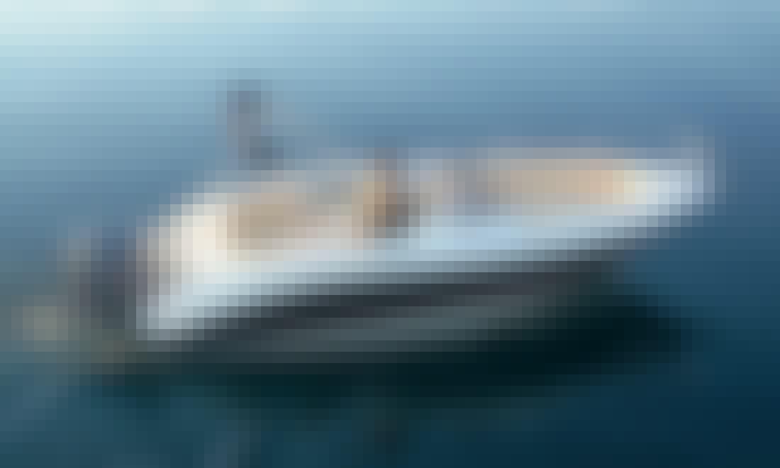 Eolo 590 Open Power Boat rental in Funtana