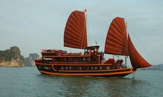 Dragon Pearl Cruise in Hanoi