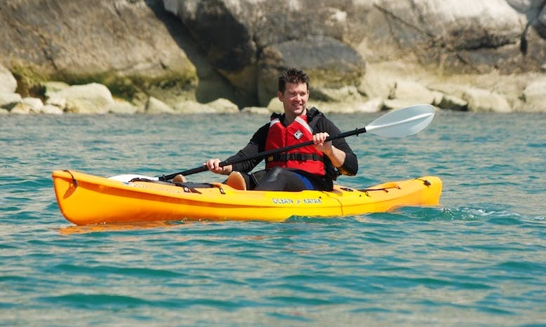 Single Kayak Daily Hire for a Liesurely Trip in Noosa River