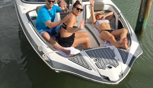 Brand New 24ft Jetboat With Or Without Captain, Great Sound Sistem