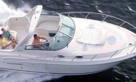 32' Twin Engine Perfect Yacht for Cruising Coast, Harbors or Catalina Island
