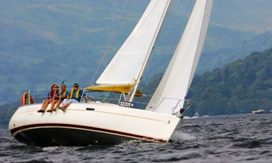 Beneteau Oceanis 311 Cruising Monohull Charter In Windermere, United Kingdom