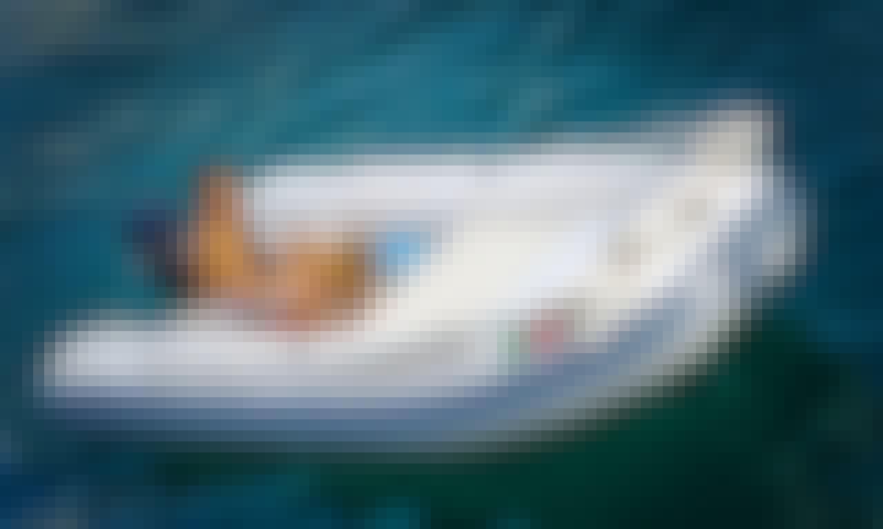Gommonautica G43 Y15 RIB Rental in Ponza