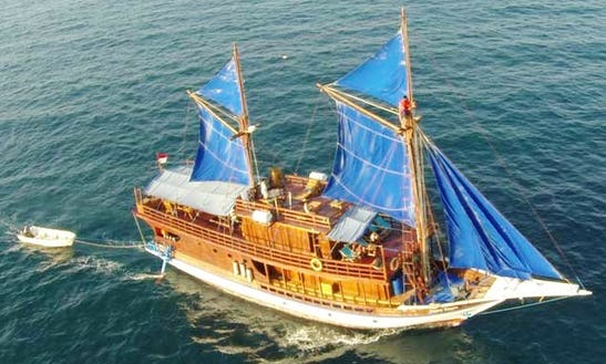 Kurabesi Explorer Scuba Charter In Pulo Gadung, Indonesia