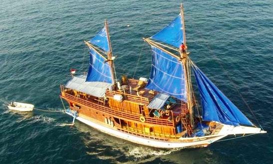 Kurabesi Explorer Charter In Pulo Gadung