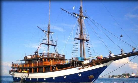 Sea Safari 8 Schooner Charter In Pulo Gadung