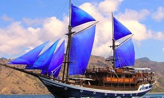 Sea Safari 7 Gulet Charter In Pulo Gadung
