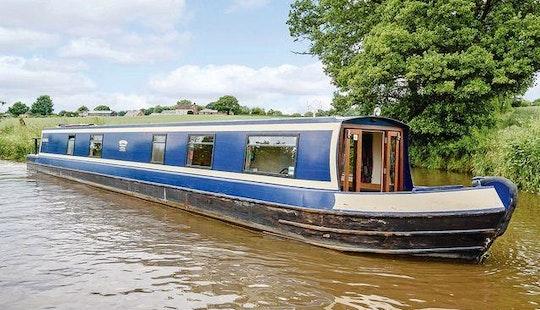 Canal Boat Rental In Whittington
