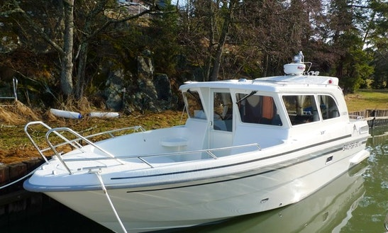 Rent The Sailfish Mc 30 Boat In Finland