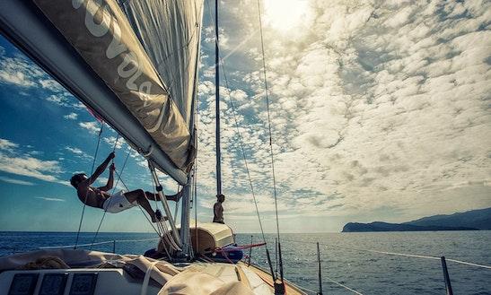 Cruising Monohull Grand Soleil 37 In Tuscany
