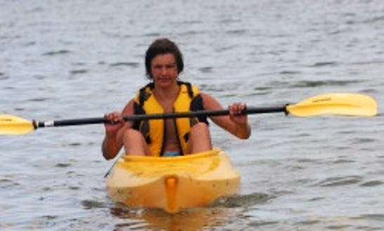 Family Friendly Kayak Tour In Hood River, Oregon