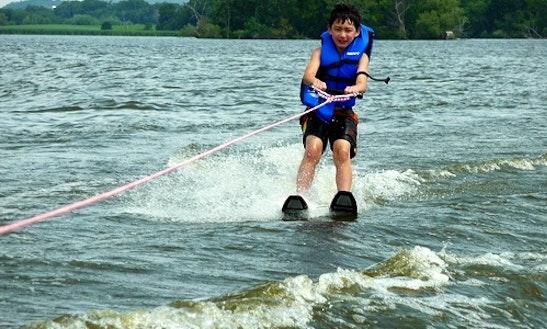 Water Ski In Kuta Selatan