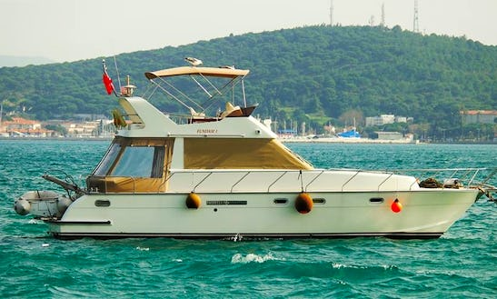 Cruise The Magnificent Aegean Coast Aboard A 10 Person Motor Yacht