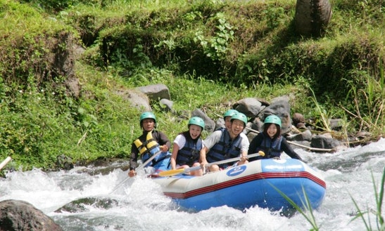 Rafting Tour In Selat