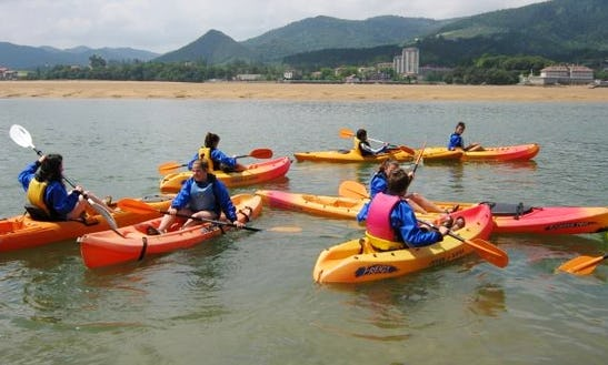 Single Kayak Rental And Courses In Ibarrangelu