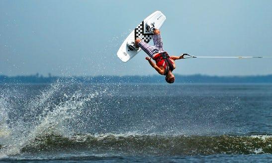 Wakeboarding Rides In Baros