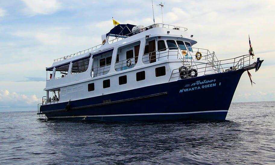 """Liveaboard Dive Boat """"Manta Queen 1"""" in Phuket"""