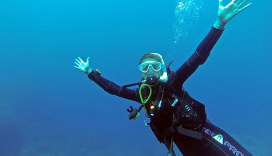 Diving Courses And Tours In Kendwa